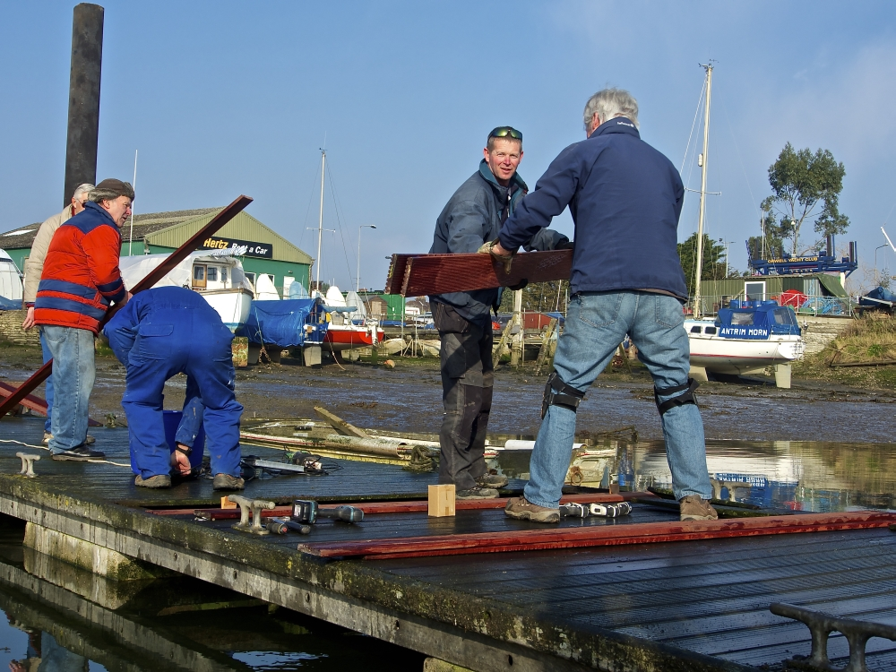 Replacing decking on the Finger Pontoon